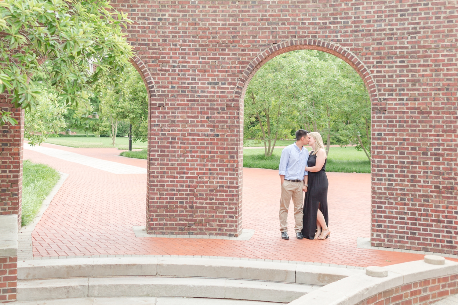 Love the kissing arches at UD!
