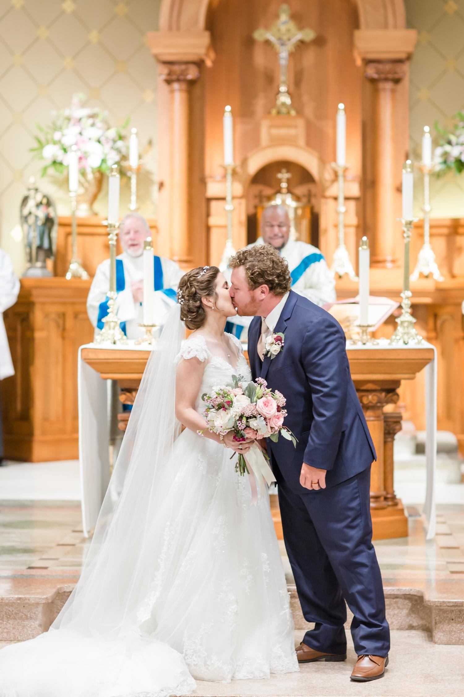 Bertrand WEDDING HIGHLIGHTS-362_maryland-virginia-louisiana-wedding-photographer-grand-marais-wedding-anna-grace-photography-photo.jpg