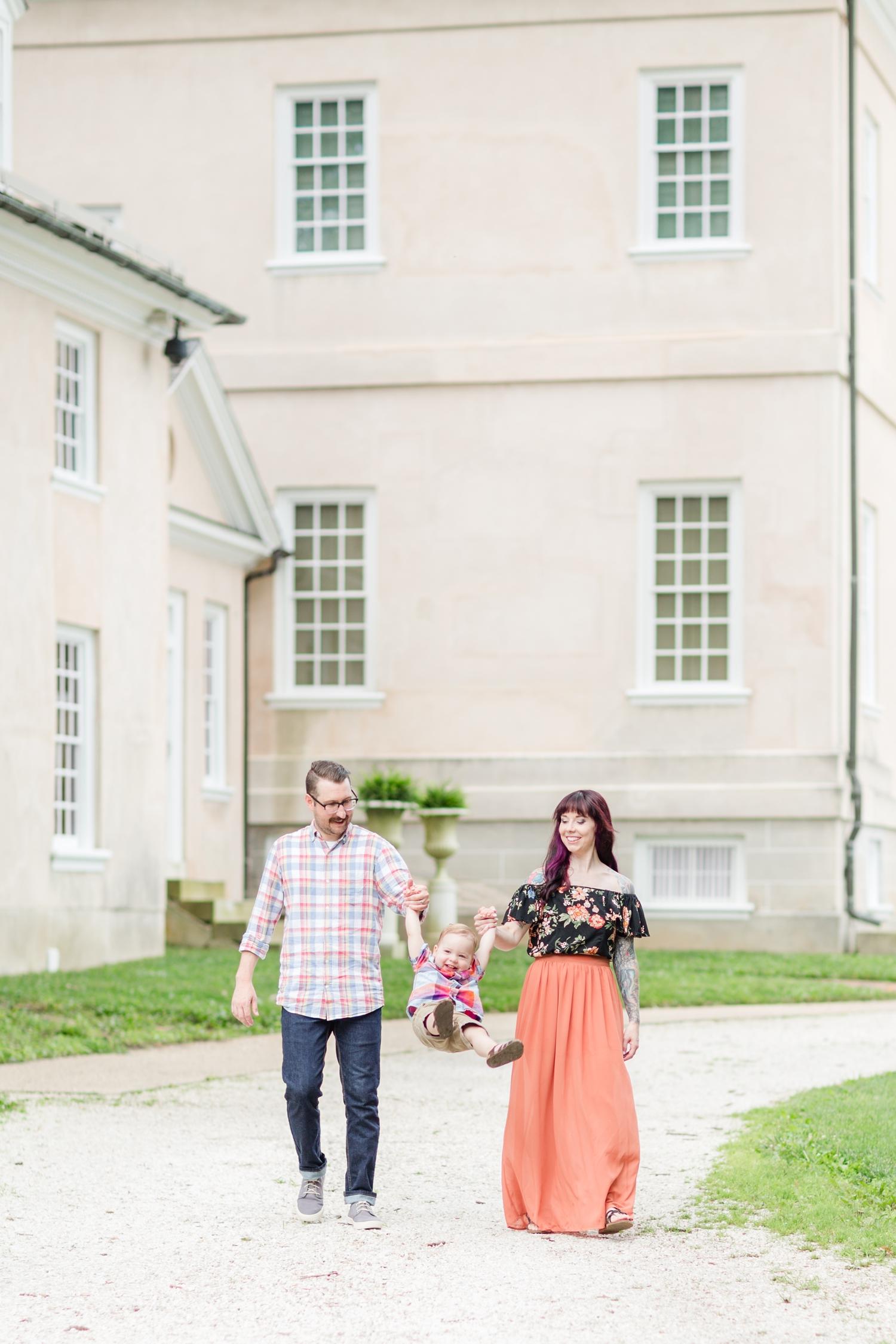 Lindstrom Family-109_Hampton-National-Historic-Site-maryland-family-photographer-anna-grace-photography-photo.jpg