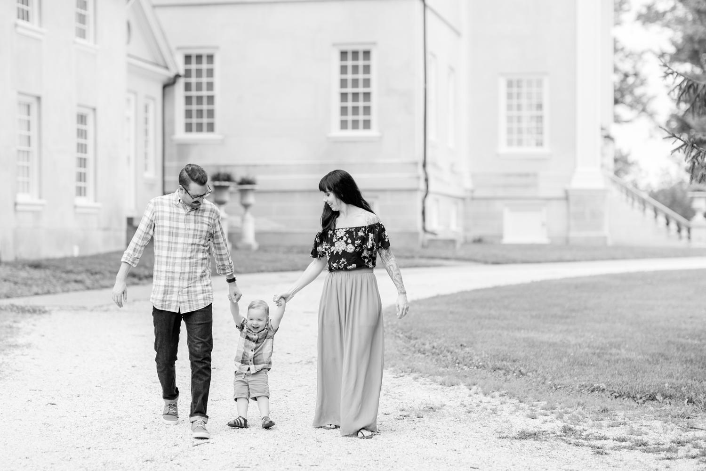 Lindstrom Family-112_Hampton-National-Historic-Site-maryland-family-photographer-anna-grace-photography-photo.jpg