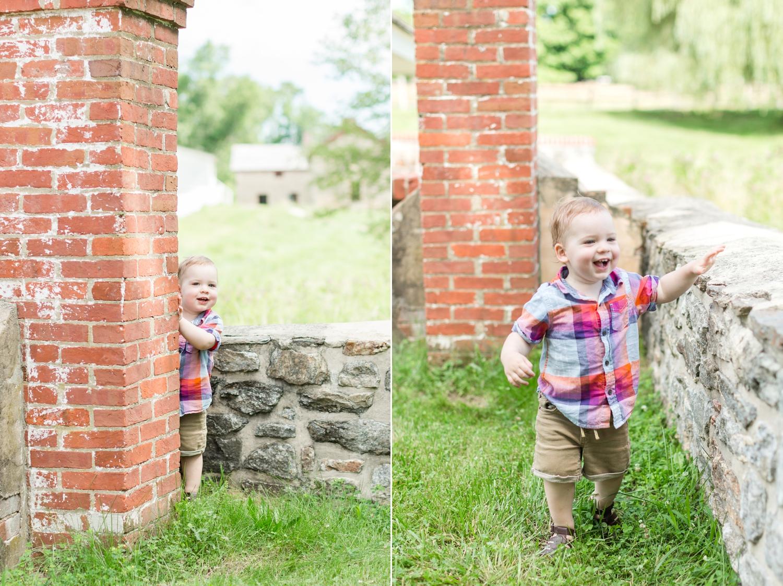 Lindstrom Family-207_Hampton-National-Historic-Site-maryland-family-photographer-anna-grace-photography-photo.jpg