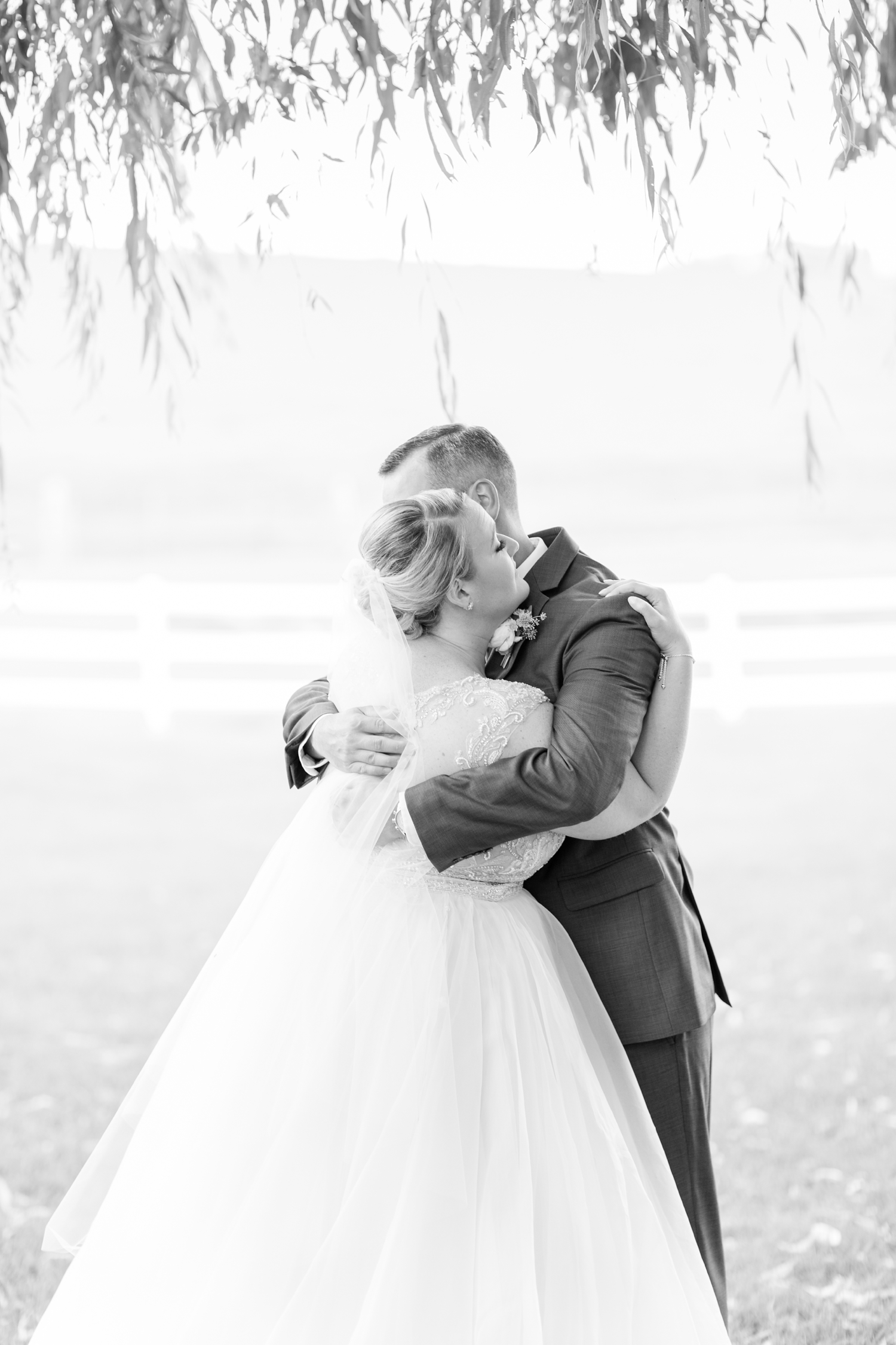 WINKLER WEDDING HIGHLIGHTS-149_pond-view-farm-wedding-maryland-wedding-photographer-anna-grace-photography-photo.jpg