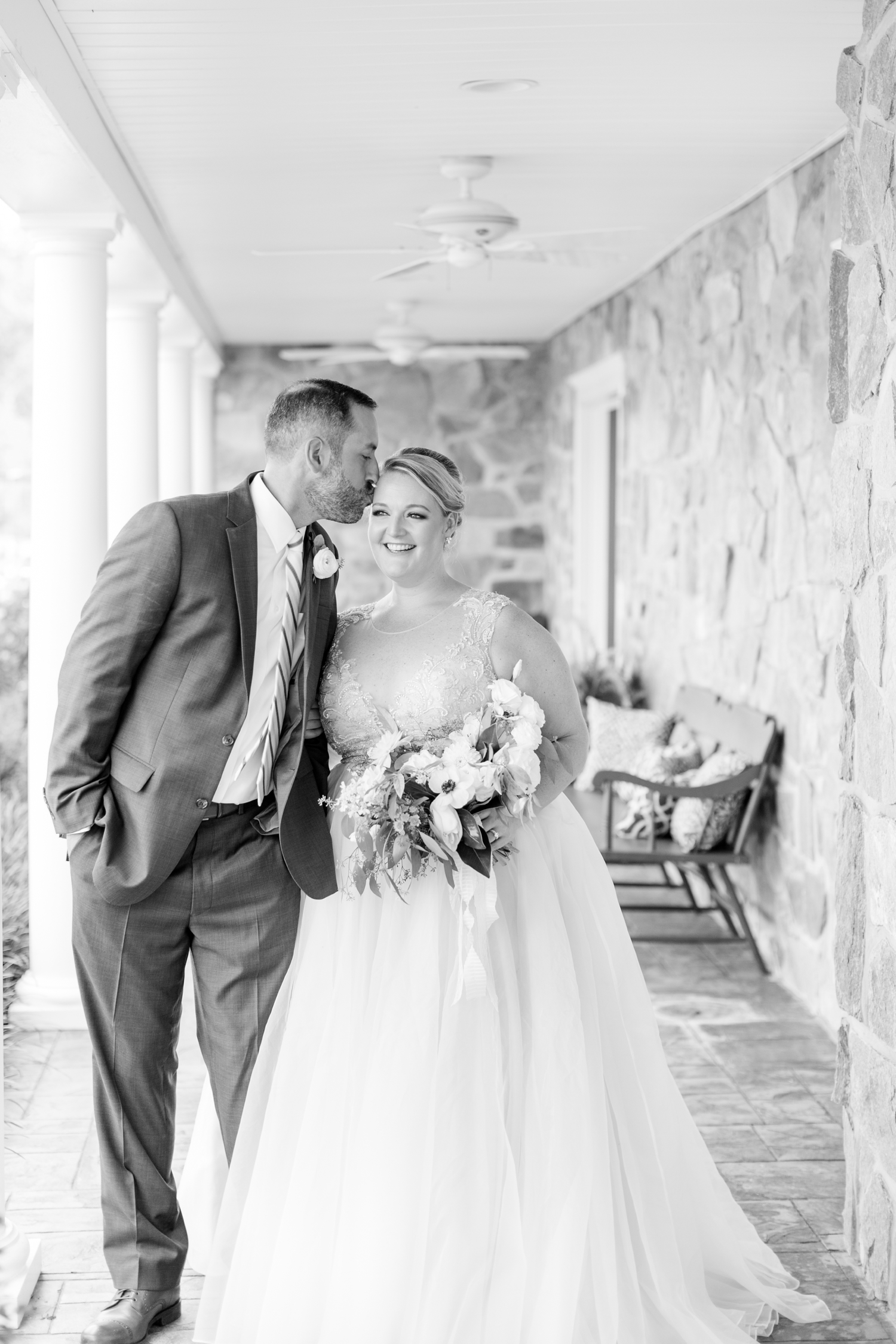 WINKLER WEDDING HIGHLIGHTS-305_pond-view-farm-wedding-maryland-wedding-photographer-anna-grace-photography-photo.jpg