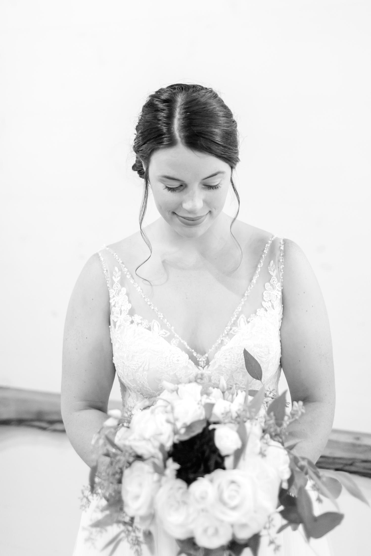 ADKINS WEDDING HIGHLIGHTS-80_The-Granary-wedding-Valley-Pike-Farm-Market-Virginia-wedding-photographer-anna-grace-photography-photo.jpg