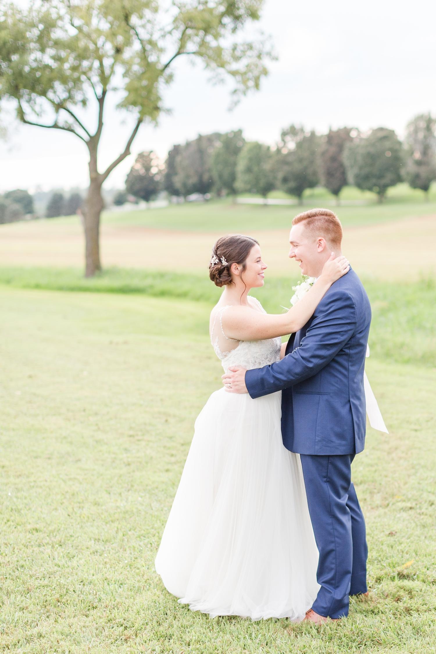 ADKINS WEDDING HIGHLIGHTS-226_The-Granary-wedding-Valley-Pike-Farm-Market-Virginia-wedding-photographer-anna-grace-photography-photo.jpg