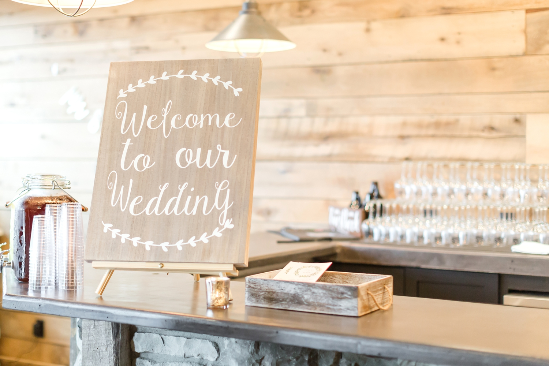 ADKINS WEDDING HIGHLIGHTS-127_The-Granary-wedding-Valley-Pike-Farm-Market-Virginia-wedding-photographer-anna-grace-photography-photo.jpg