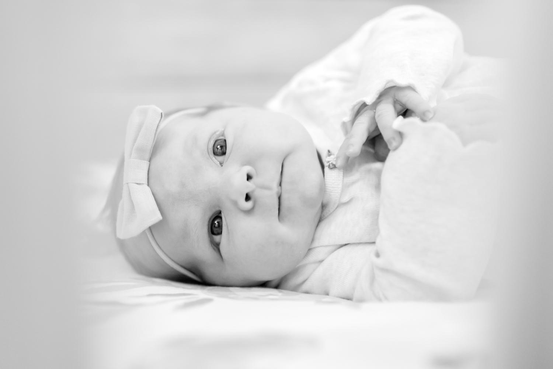 Hallie Newborn-73_Maryland-newborn-Family-photographer-anna-grace-photography-photo.jpg