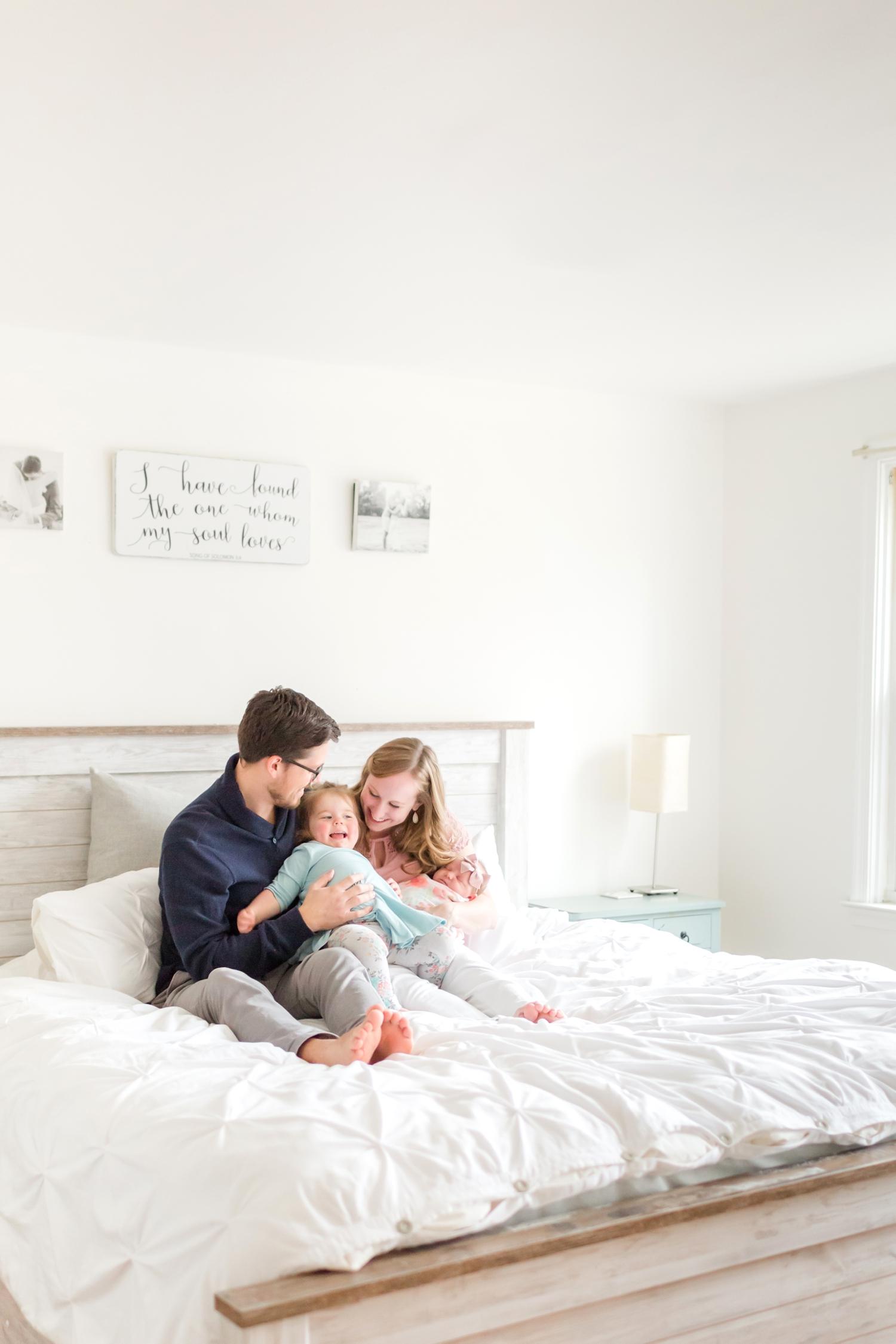 Hallie Newborn-202_Maryland-newborn-Family-photographer-anna-grace-photography-photo.jpg