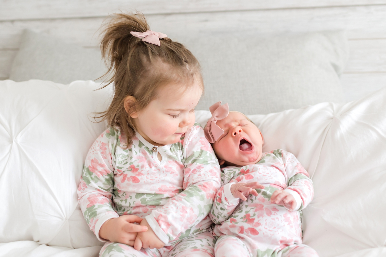 Hallie Newborn-360_Maryland-newborn-Family-photographer-anna-grace-photography-photo.jpg