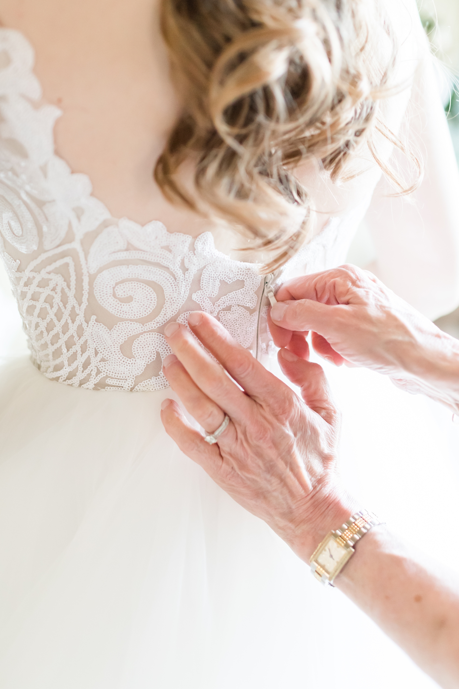 Hildebrand WEDDING HIGHLIGHTS-39_Elkridge-Furnace-Inn-wedding-Maryland-wedding-photographer-anna-grace-photography-photo.jpg