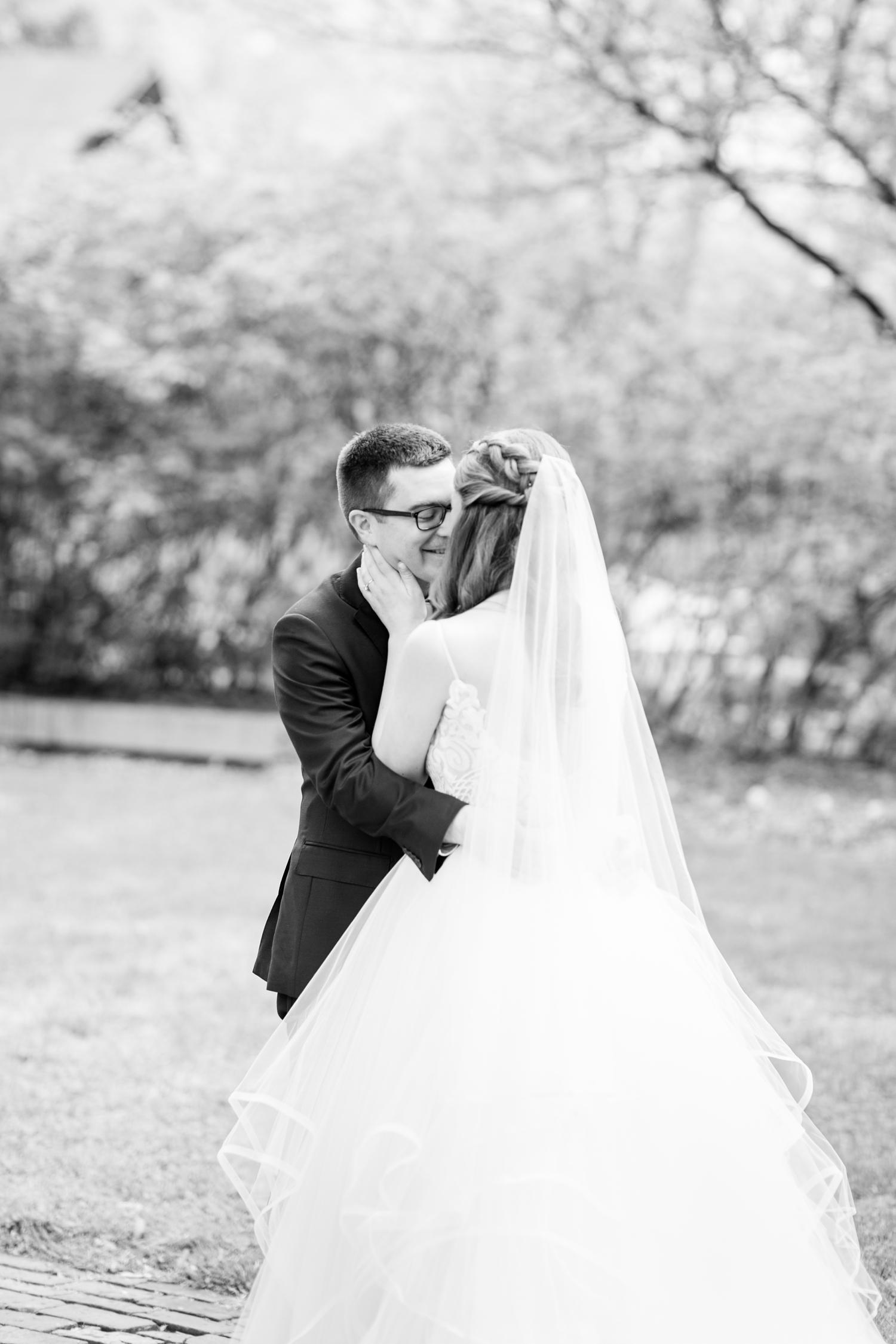Hildebrand WEDDING HIGHLIGHTS-69_Elkridge-Furnace-Inn-wedding-Maryland-wedding-photographer-anna-grace-photography-photo.jpg