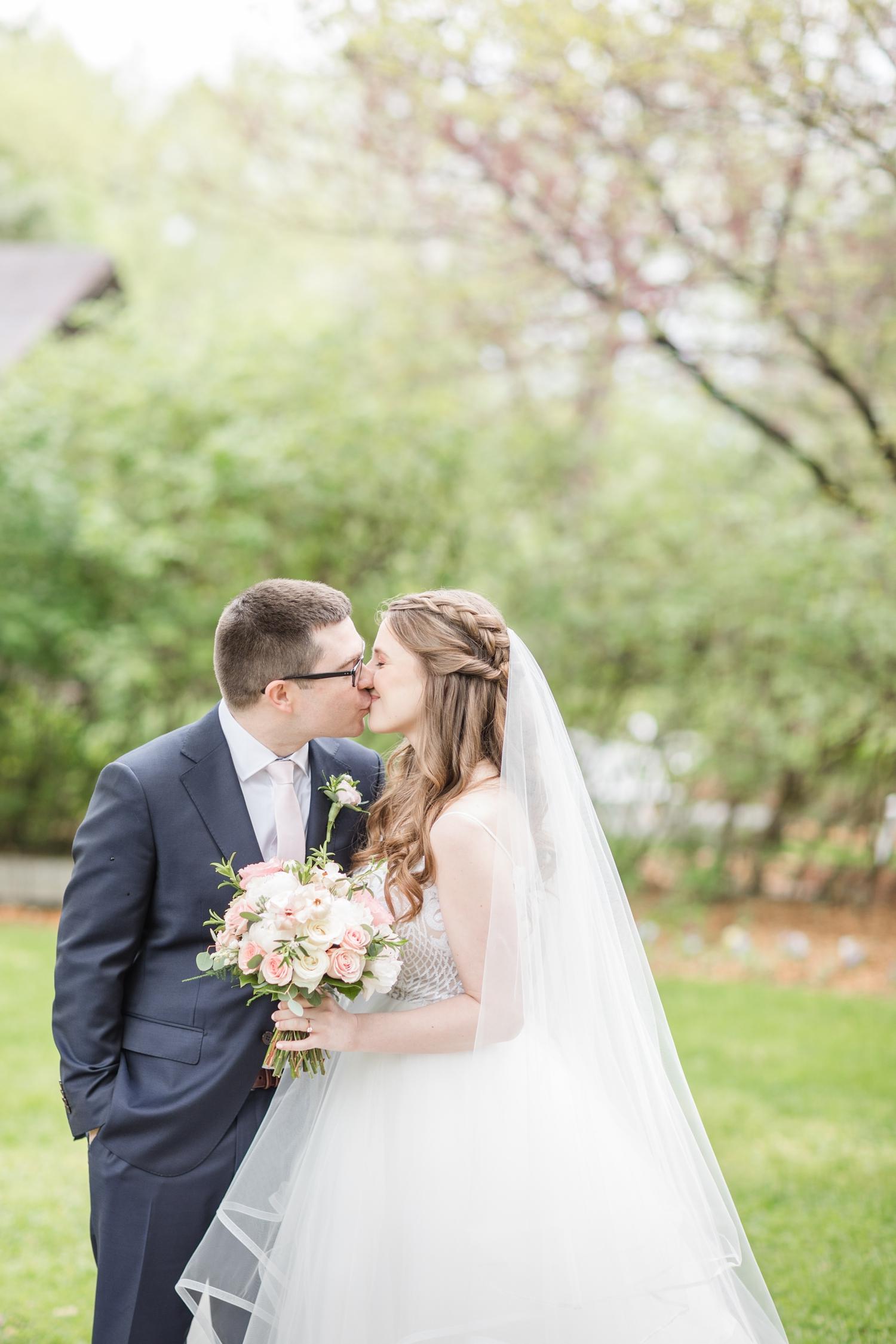 Hildebrand WEDDING HIGHLIGHTS-81_Elkridge-Furnace-Inn-wedding-Maryland-wedding-photographer-anna-grace-photography-photo.jpg