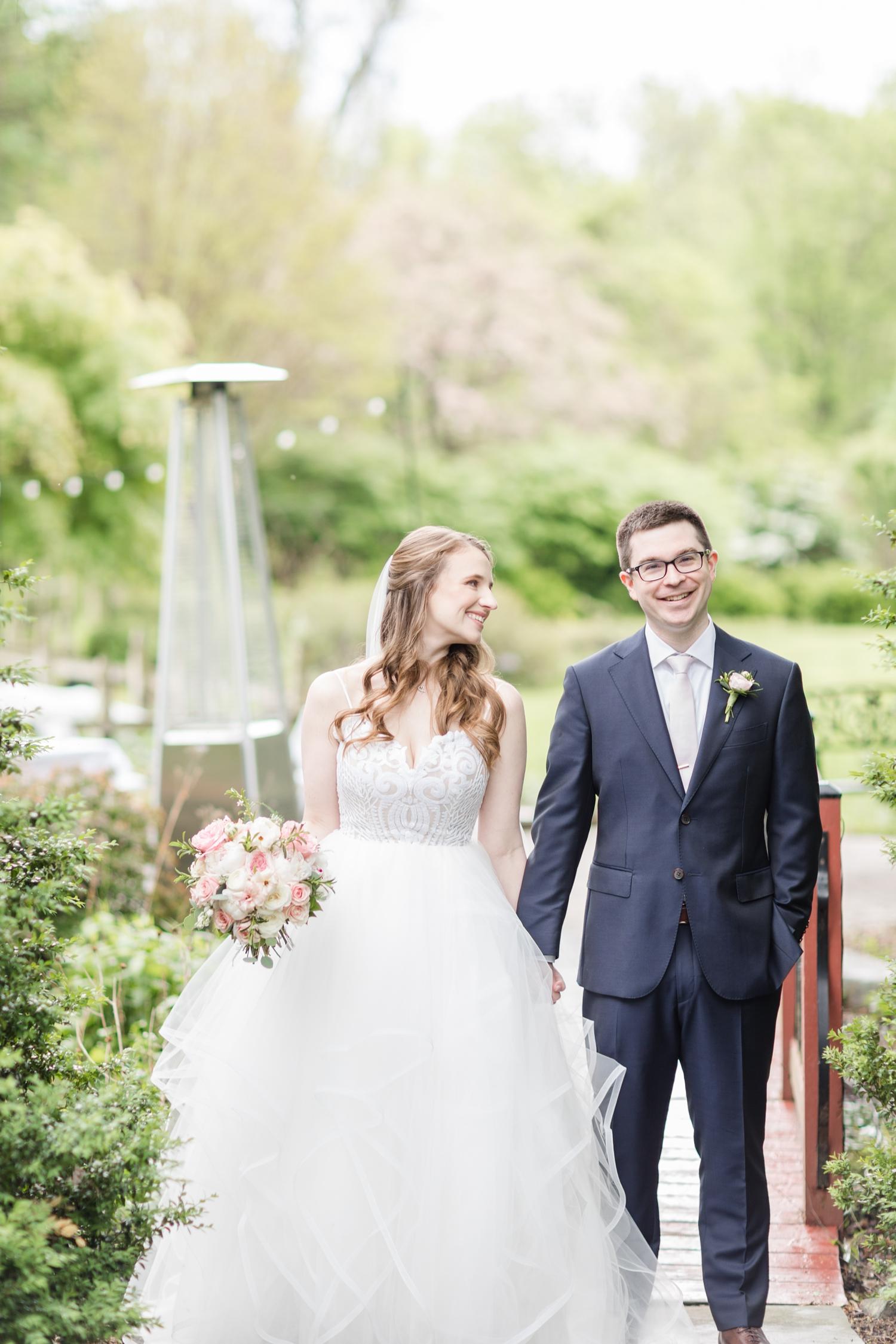 Hildebrand WEDDING HIGHLIGHTS-95_Elkridge-Furnace-Inn-wedding-Maryland-wedding-photographer-anna-grace-photography-photo.jpg