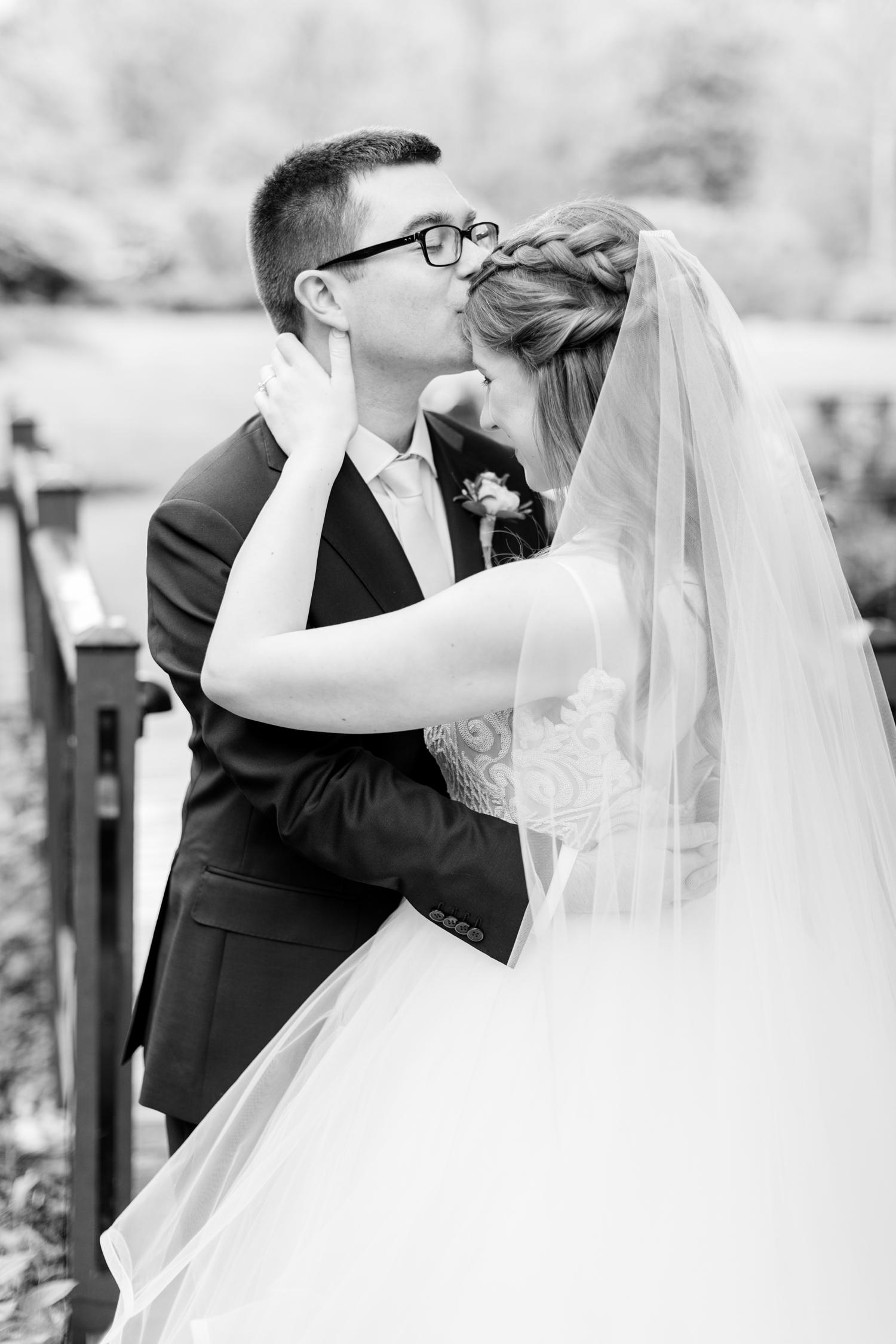 Hildebrand WEDDING HIGHLIGHTS-101_Elkridge-Furnace-Inn-wedding-Maryland-wedding-photographer-anna-grace-photography-photo.jpg