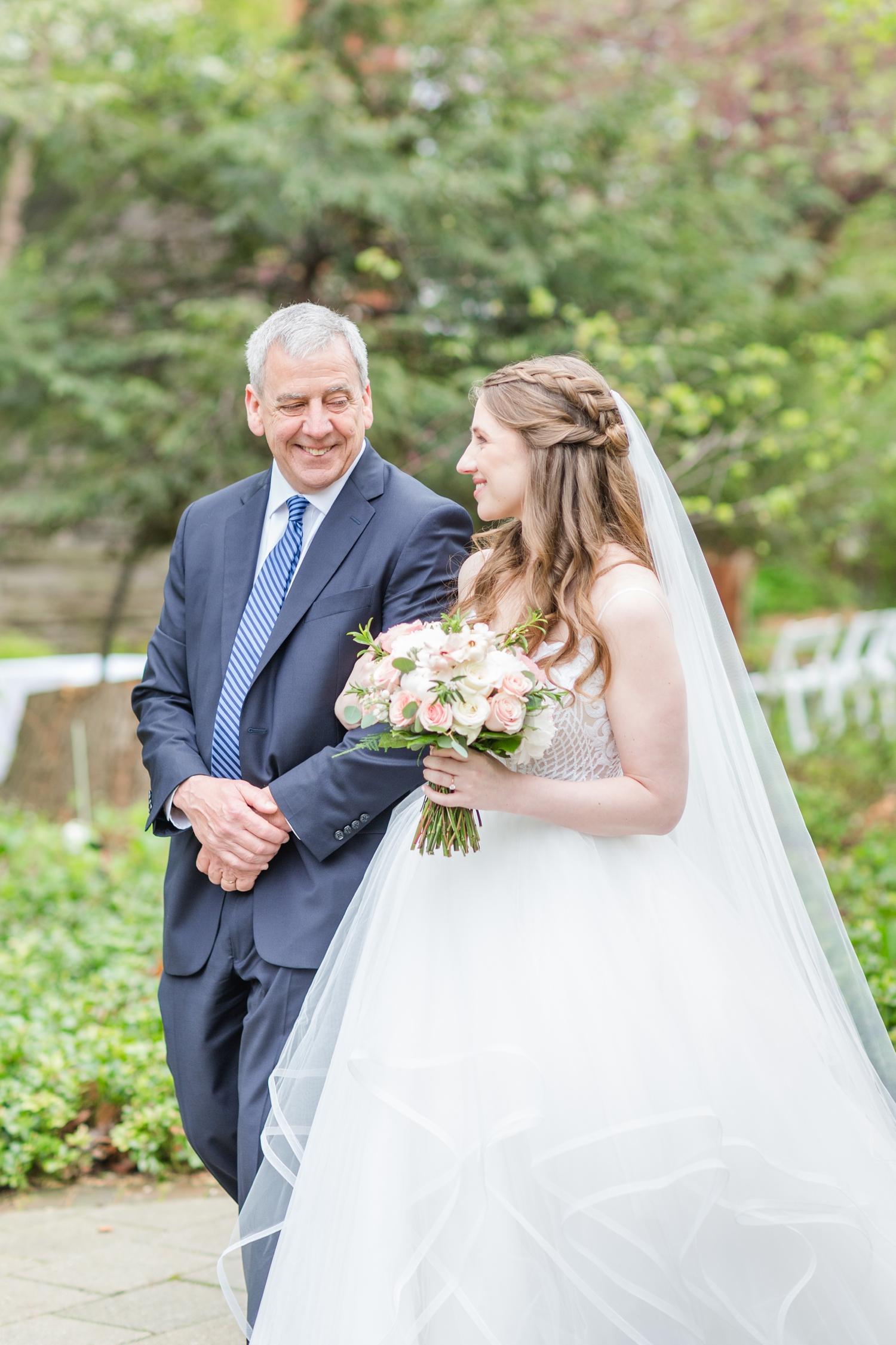 Hildebrand WEDDING HIGHLIGHTS-138_Elkridge-Furnace-Inn-wedding-Maryland-wedding-photographer-anna-grace-photography-photo.jpg