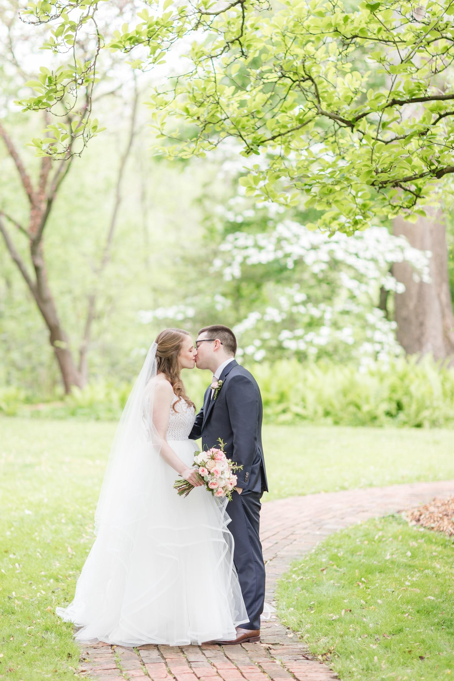 Hildebrand WEDDING HIGHLIGHTS-173_Elkridge-Furnace-Inn-wedding-Maryland-wedding-photographer-anna-grace-photography-photo.jpg