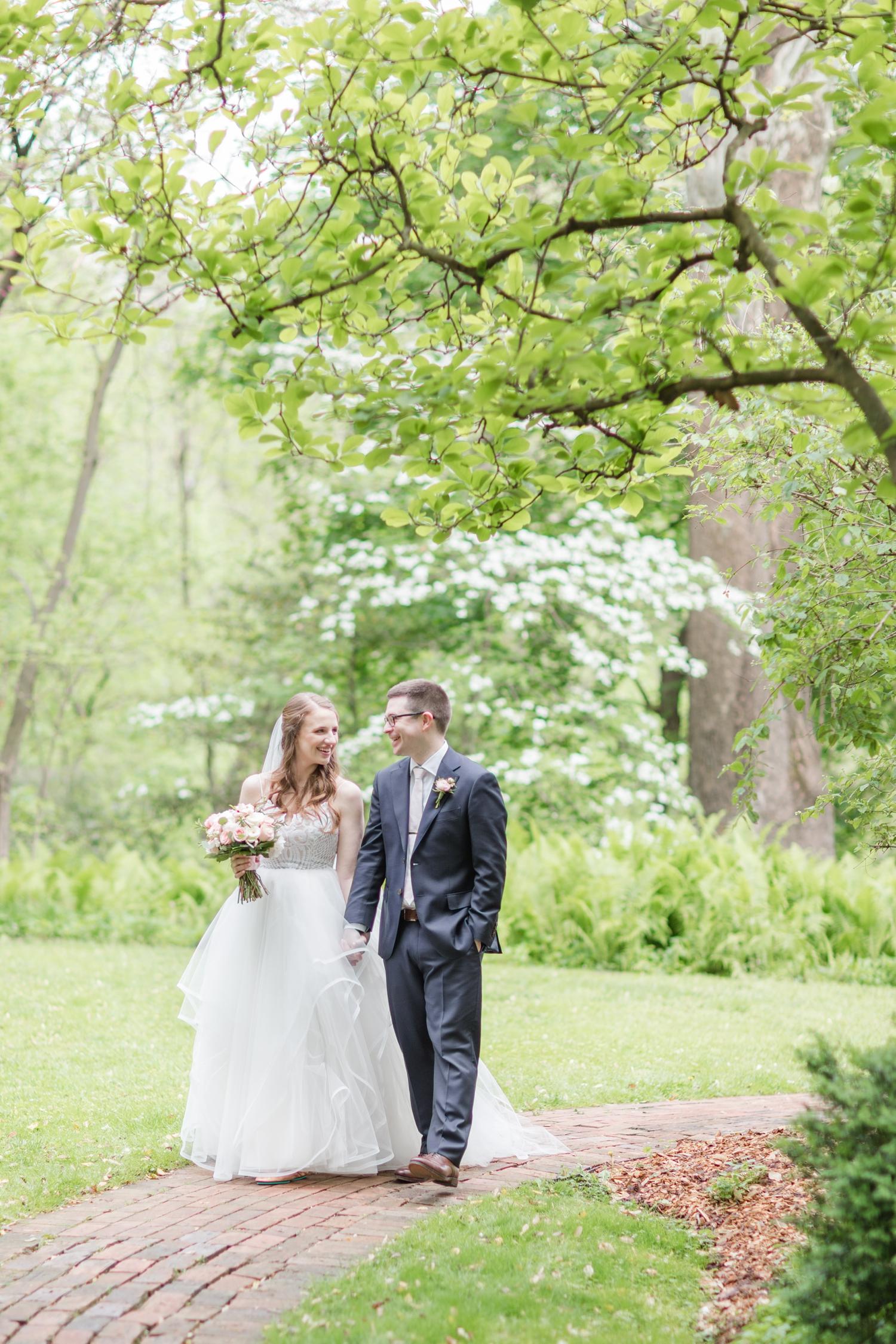 Hildebrand WEDDING HIGHLIGHTS-169_Elkridge-Furnace-Inn-wedding-Maryland-wedding-photographer-anna-grace-photography-photo.jpg