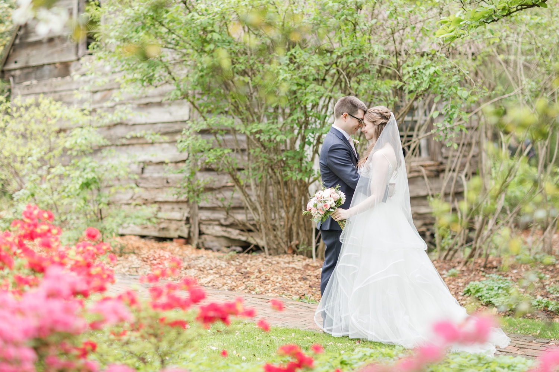 Hildebrand WEDDING HIGHLIGHTS-179_Elkridge-Furnace-Inn-wedding-Maryland-wedding-photographer-anna-grace-photography-photo.jpg