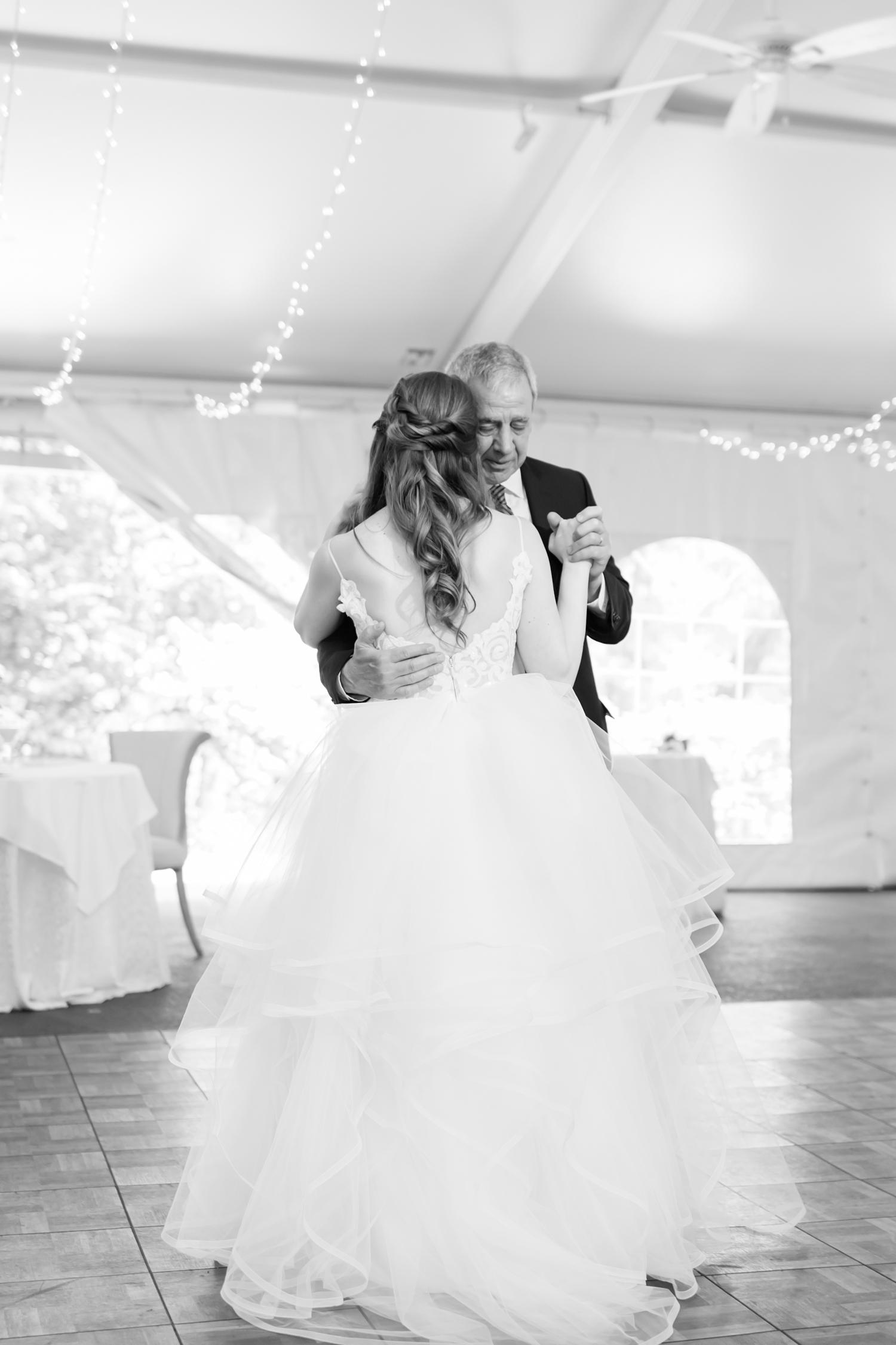 Hildebrand WEDDING HIGHLIGHTS-229_Elkridge-Furnace-Inn-wedding-Maryland-wedding-photographer-anna-grace-photography-photo.jpg
