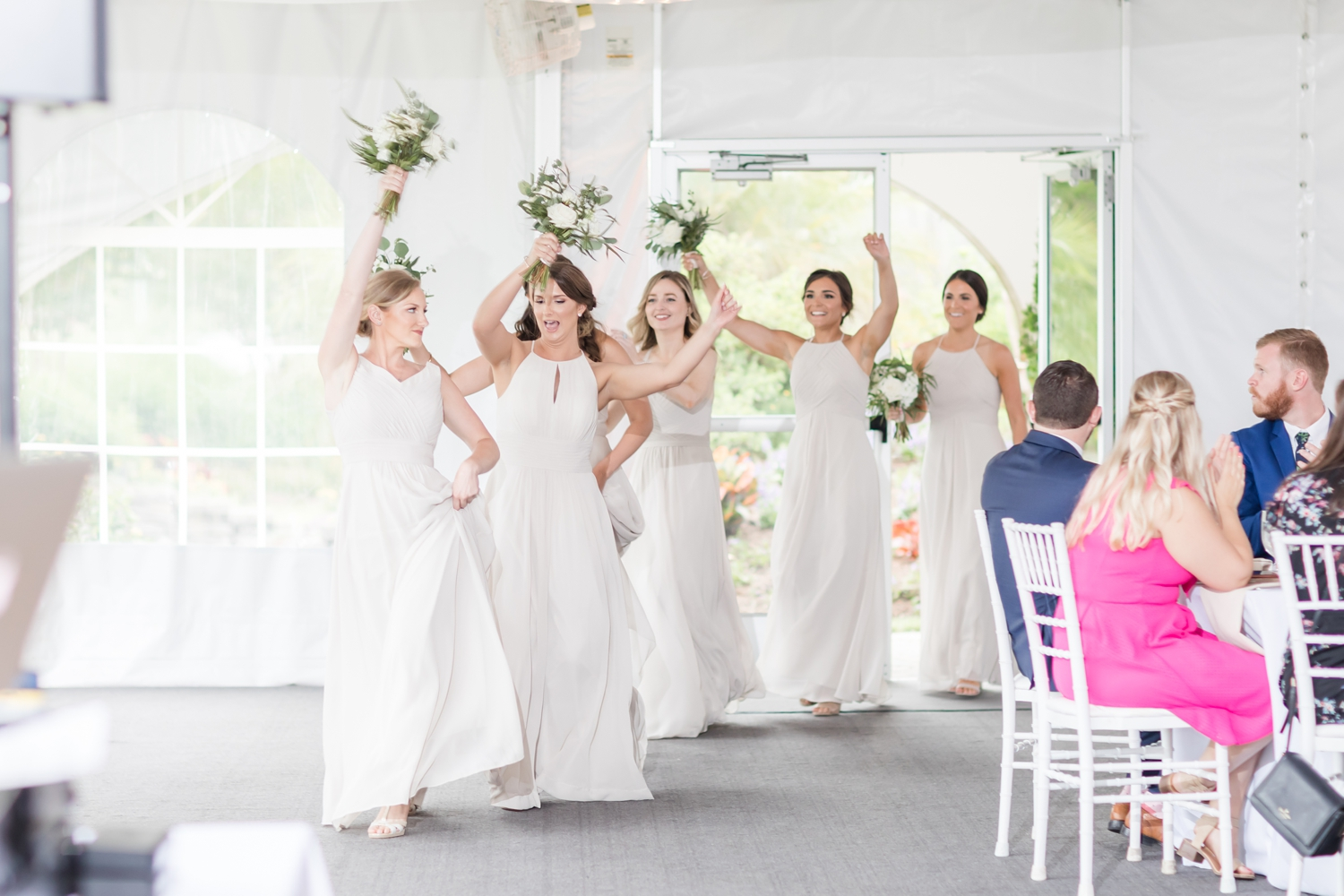 Loved these fun bridal party entrances!