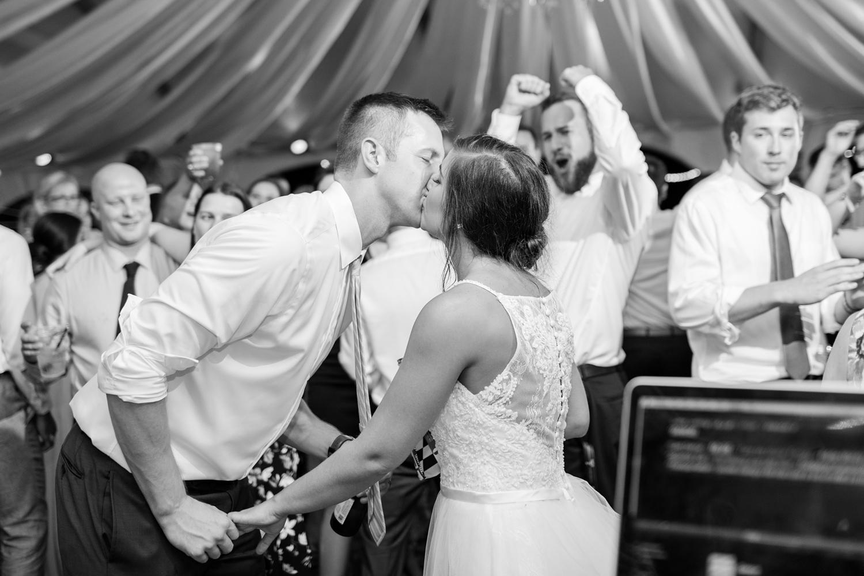 Schindler WEDDING HIGHLIGHTS-385_Herrington-on-the-Bay-wedding-Maryland-wedding-photographer-anna-grace-photography-photo.jpg