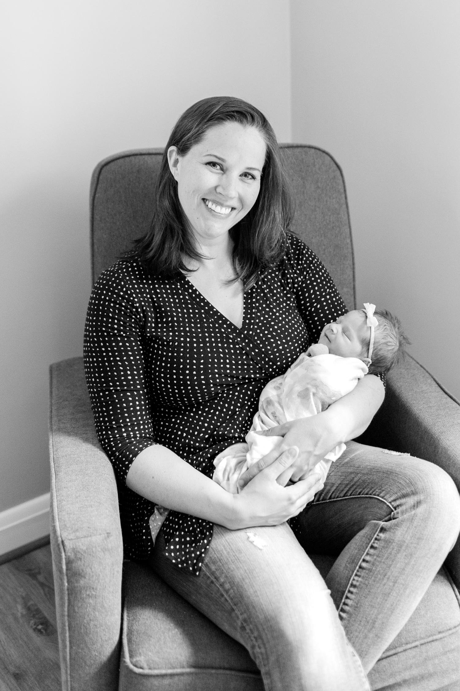 Berkstresser Newborn-29_Baltimore-Newborn-Photography-Maryland-newborn-family-photographer-anna-grace-photography-photo.jpg
