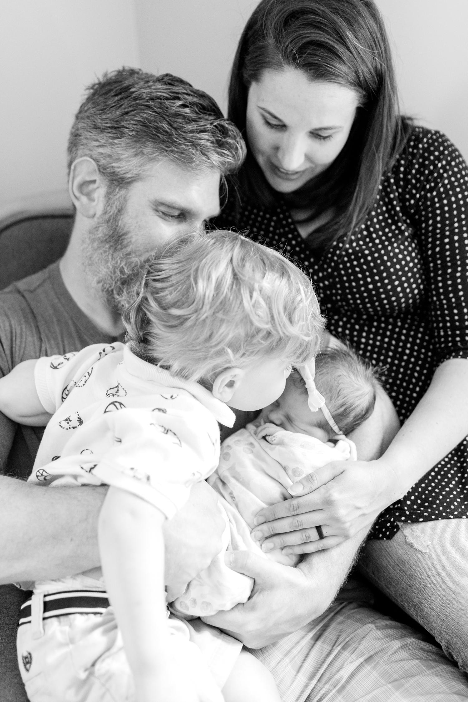 Berkstresser Newborn-93_Baltimore-Newborn-Photography-Maryland-newborn-family-photographer-anna-grace-photography-photo.jpg