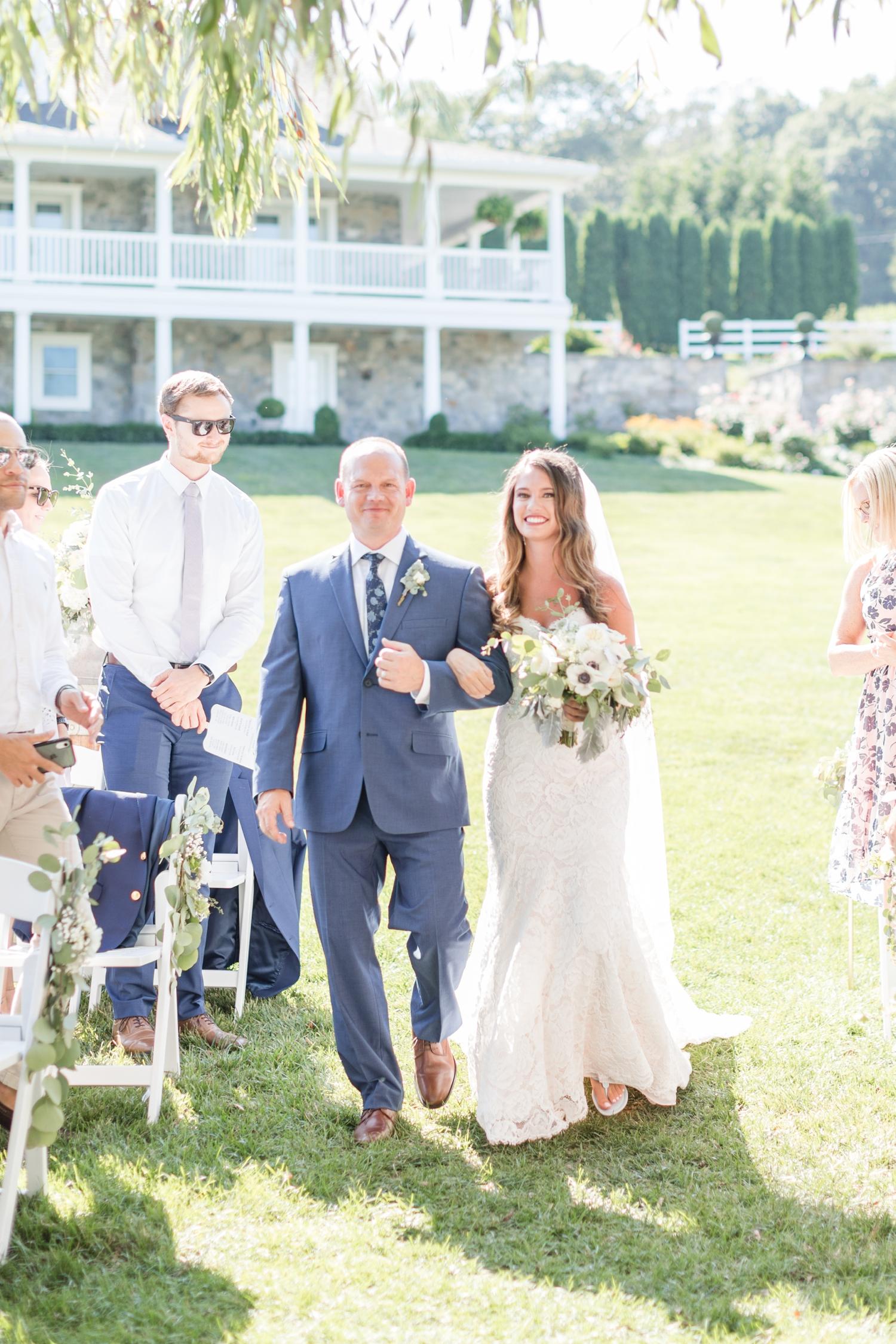 Webb WEDDING HIGHLIGHTS-250_Pond-View-Farm-wedding-Maryland-wedding-photographer-anna-grace-photography-photo.jpg