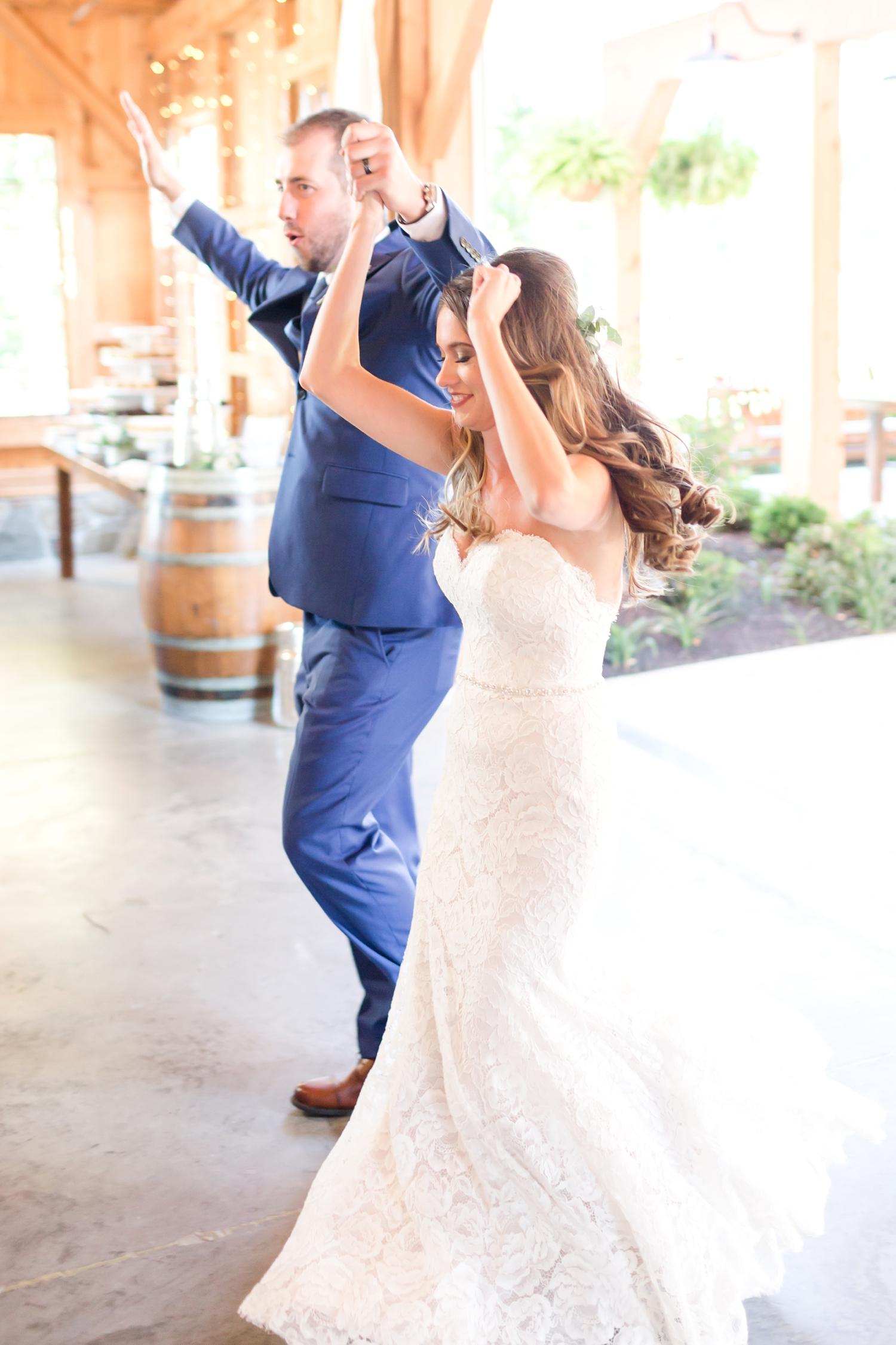Webb WEDDING HIGHLIGHTS-309_Pond-View-Farm-wedding-Maryland-wedding-photographer-anna-grace-photography-photo.jpg