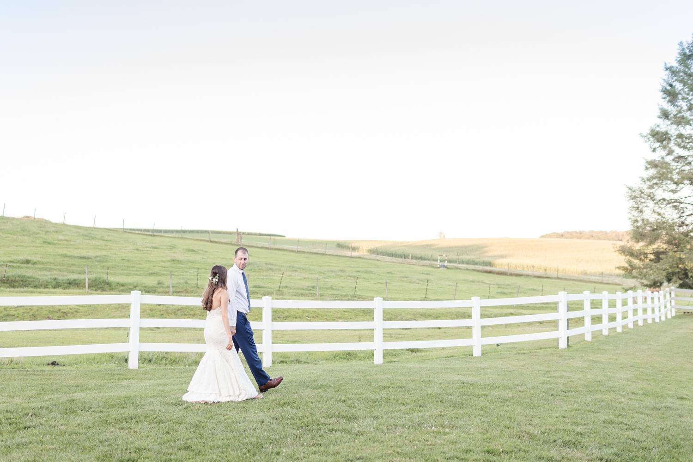 Webb WEDDING HIGHLIGHTS-358_Pond-View-Farm-wedding-Maryland-wedding-photographer-anna-grace-photography-photo.jpg