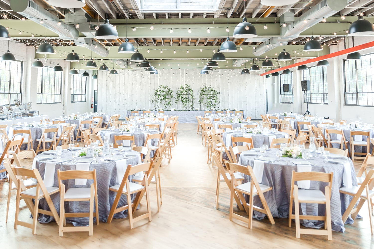 How gorgeous is this reception?!