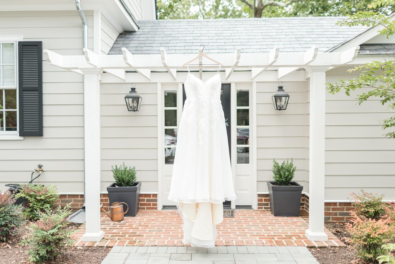 RITTLER WEDDING HIGHLIGHTS-41_Accelerator-Space-Baltimore-Maryland-wedding-photographer-anna-grace-photography-photo.jpg