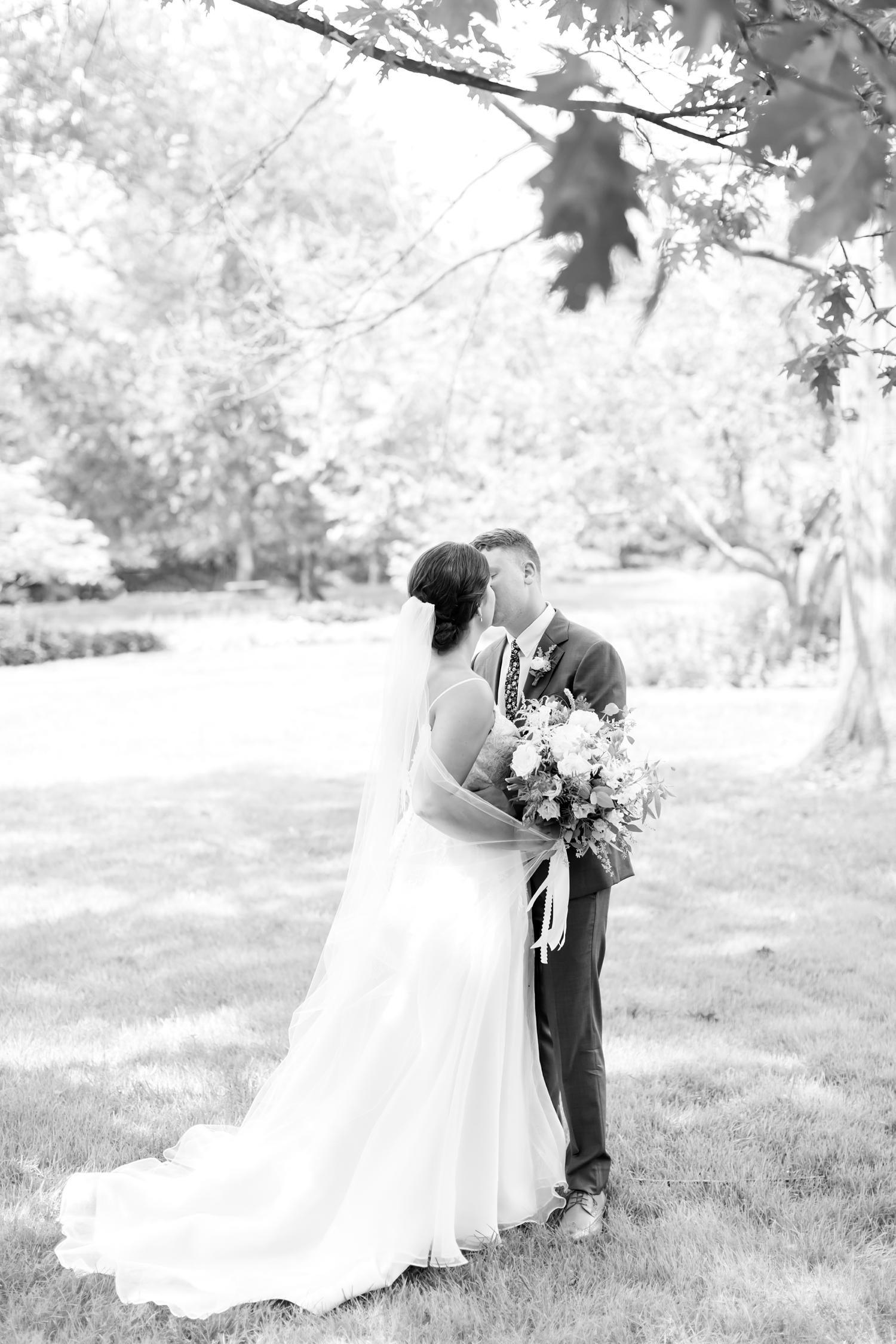 RITTLER WEDDING HIGHLIGHTS-105_Accelerator-Space-Baltimore-Maryland-wedding-photographer-anna-grace-photography-photo.jpg