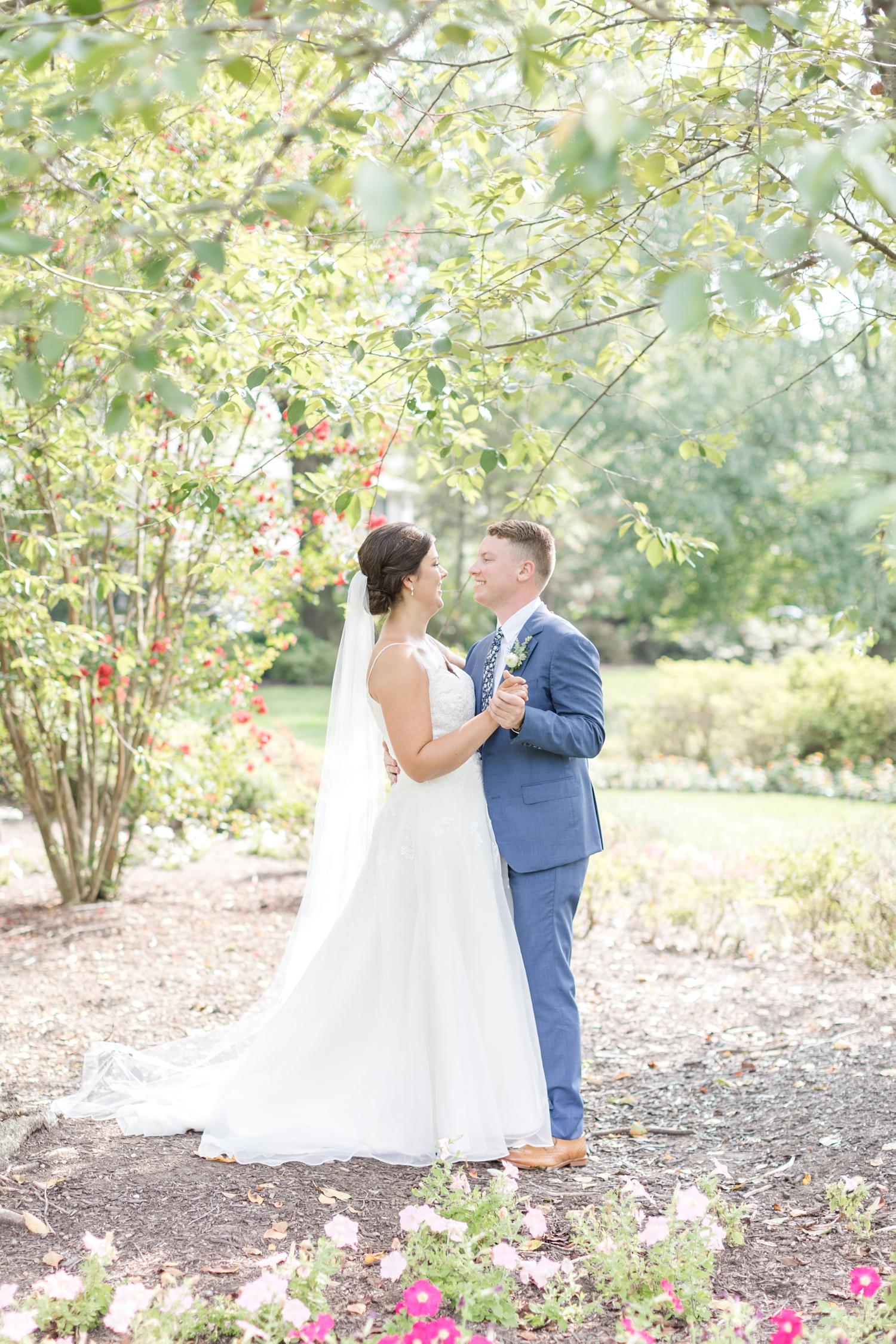 RITTLER WEDDING HIGHLIGHTS-182_Accelerator-Space-Baltimore-Maryland-wedding-photographer-anna-grace-photography-photo.jpg
