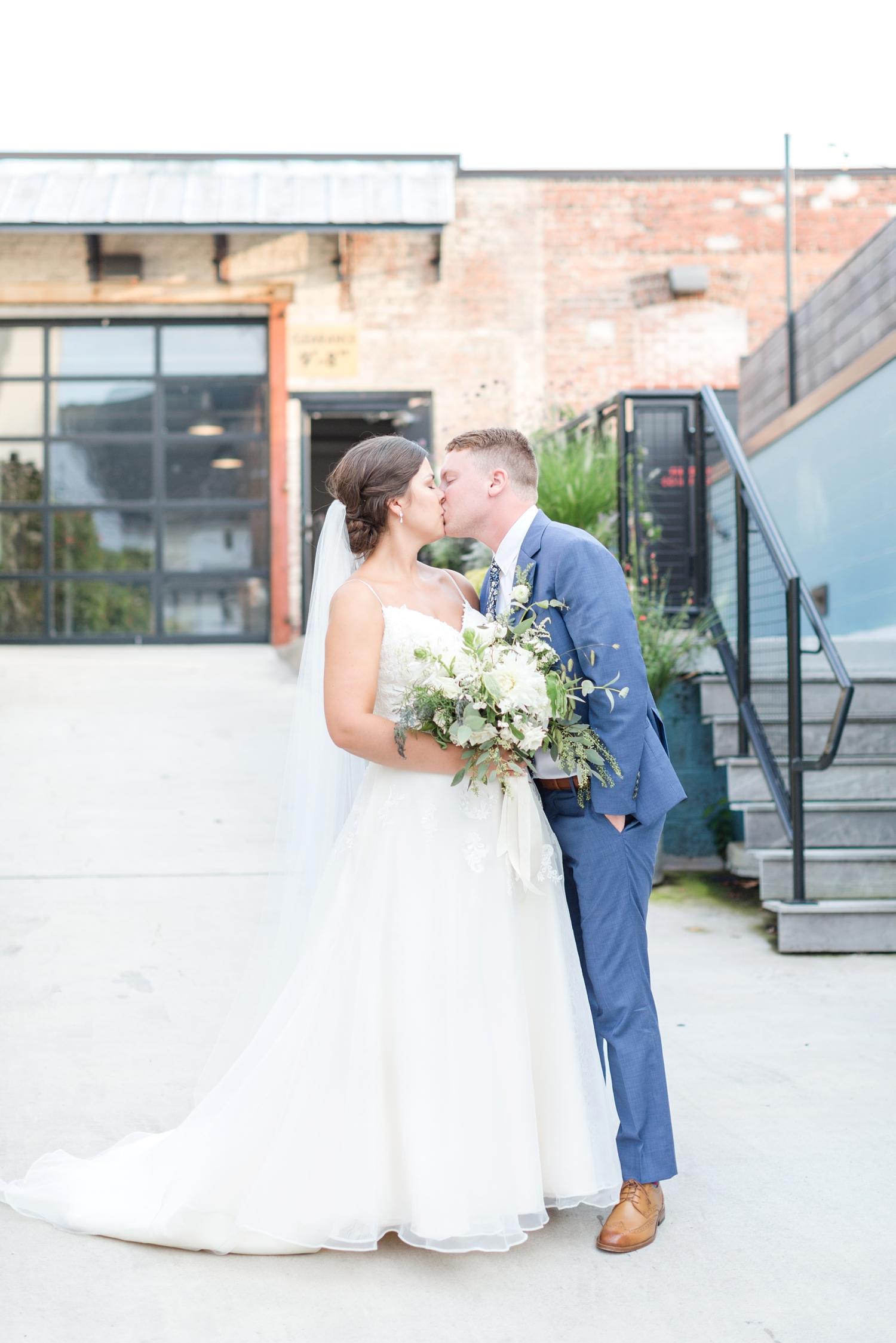 RITTLER WEDDING HIGHLIGHTS-276_Accelerator-Space-Baltimore-Maryland-wedding-photographer-anna-grace-photography-photo.jpg