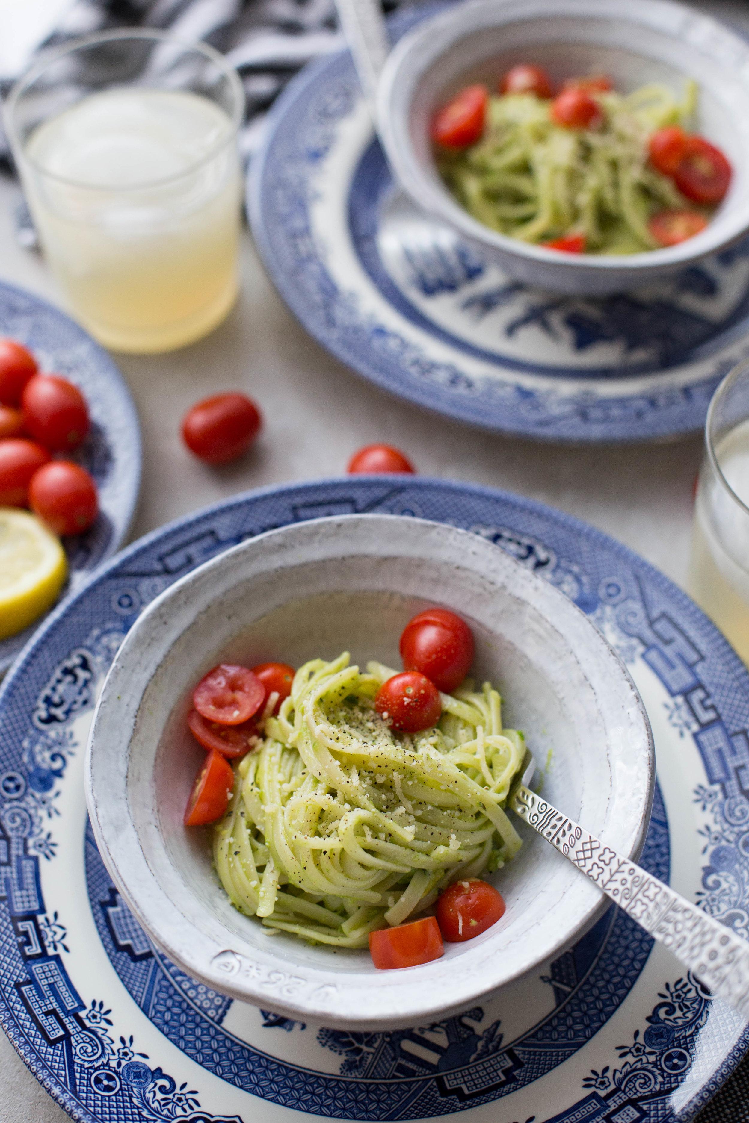 Creamy Avocado and Lemon Pasta
