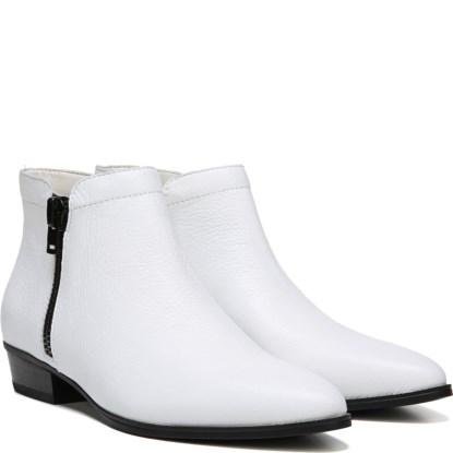 shoes_iaec0229234.jpg