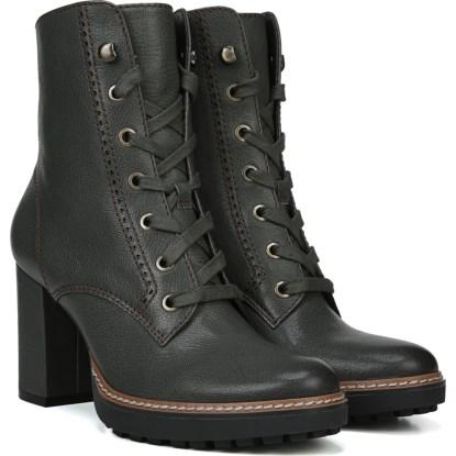 shoes_iaec0231488.jpg