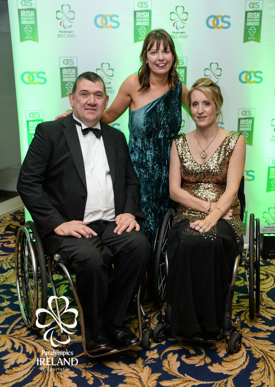 Michael Hickey, Lisa Callaghan and Eimear Breathnach arrive at the OCS Irish Paralympic Awards