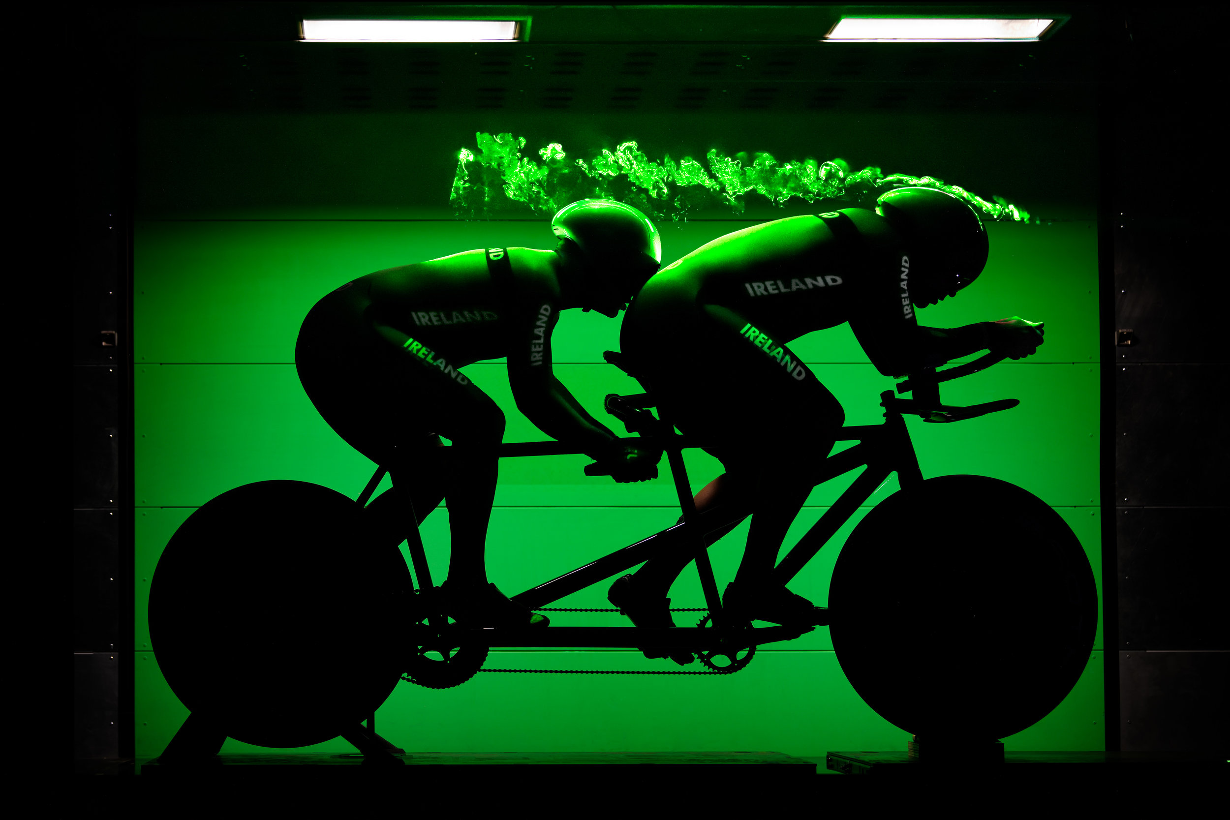 BvOF Irish para-cycling sprint team in windtunnel TU Eindhoven 1.jpg
