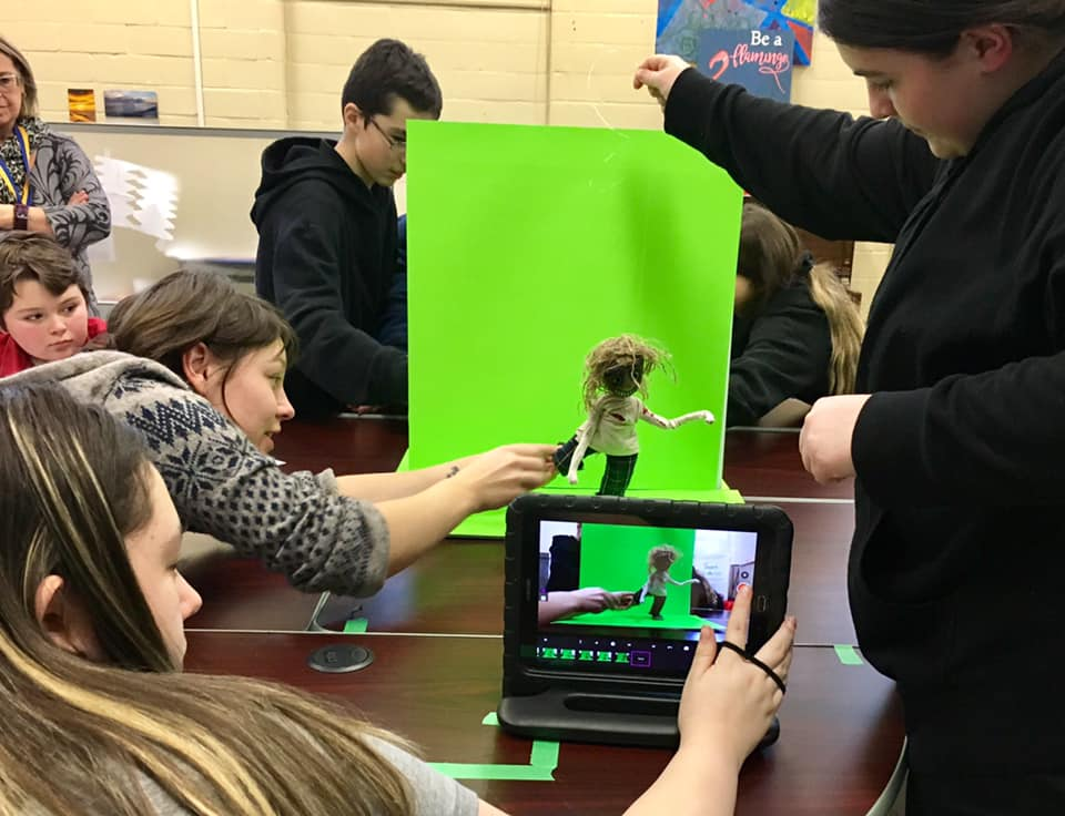 Shooting a Stop Motion Animation. Puppets, Tablets, and a Green Screen. (and kids too)