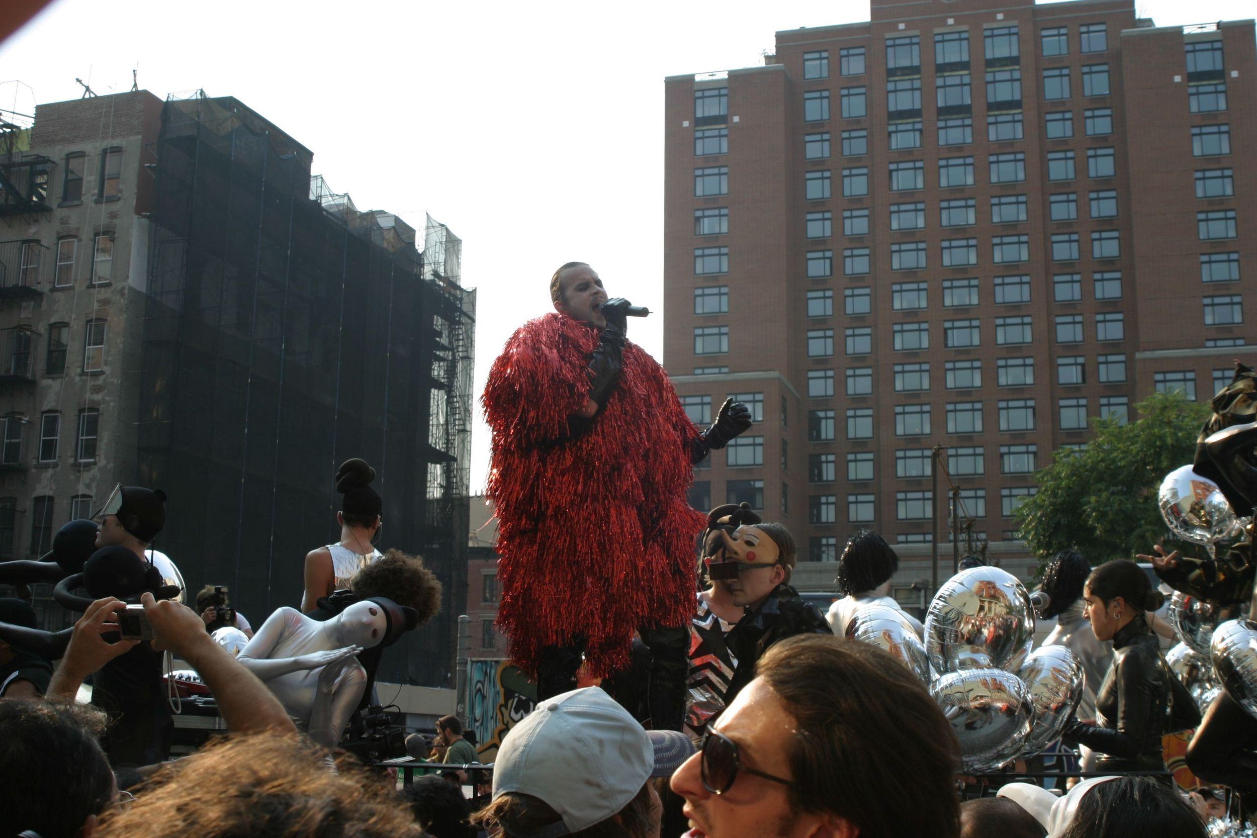 Art Parade - 200.jpg