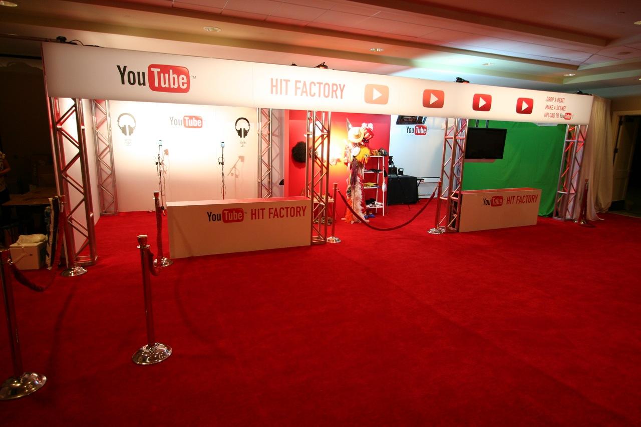 YouTube_VidCon'11_PLAY Room - 012.jpg