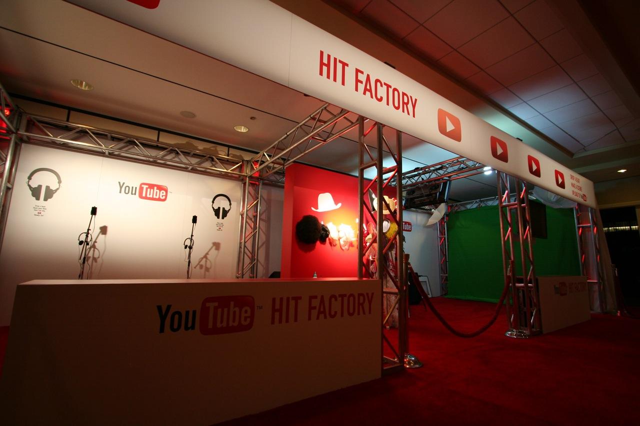 YouTube_VidCon'11_PLAY Room - 017.jpg