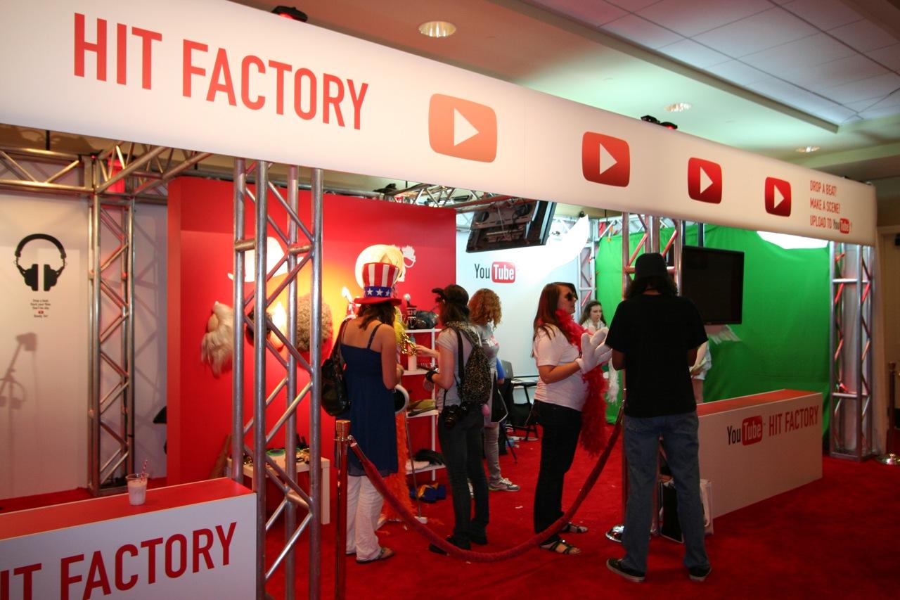 YouTube_VidCon'11_PLAY Room - 029.jpg