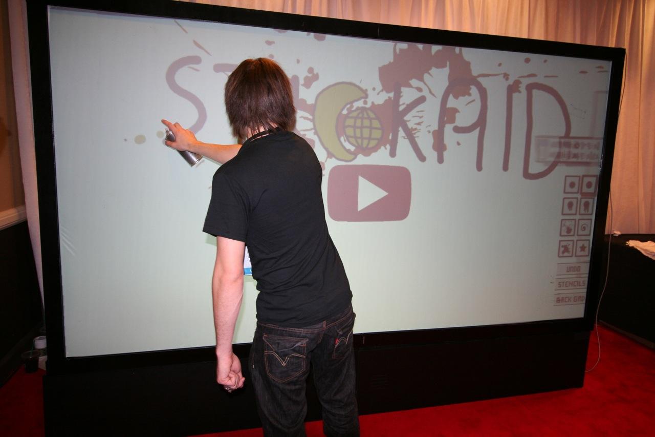YouTube_VidCon'11_PLAY Room - 053.jpg