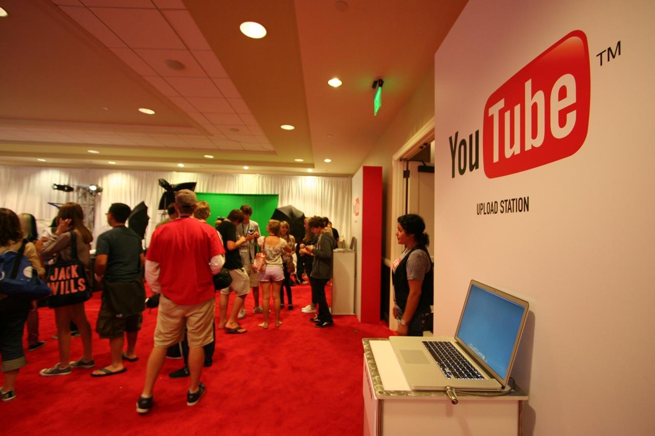 YouTube_VidCon'11_PLAY Room - 081.jpg