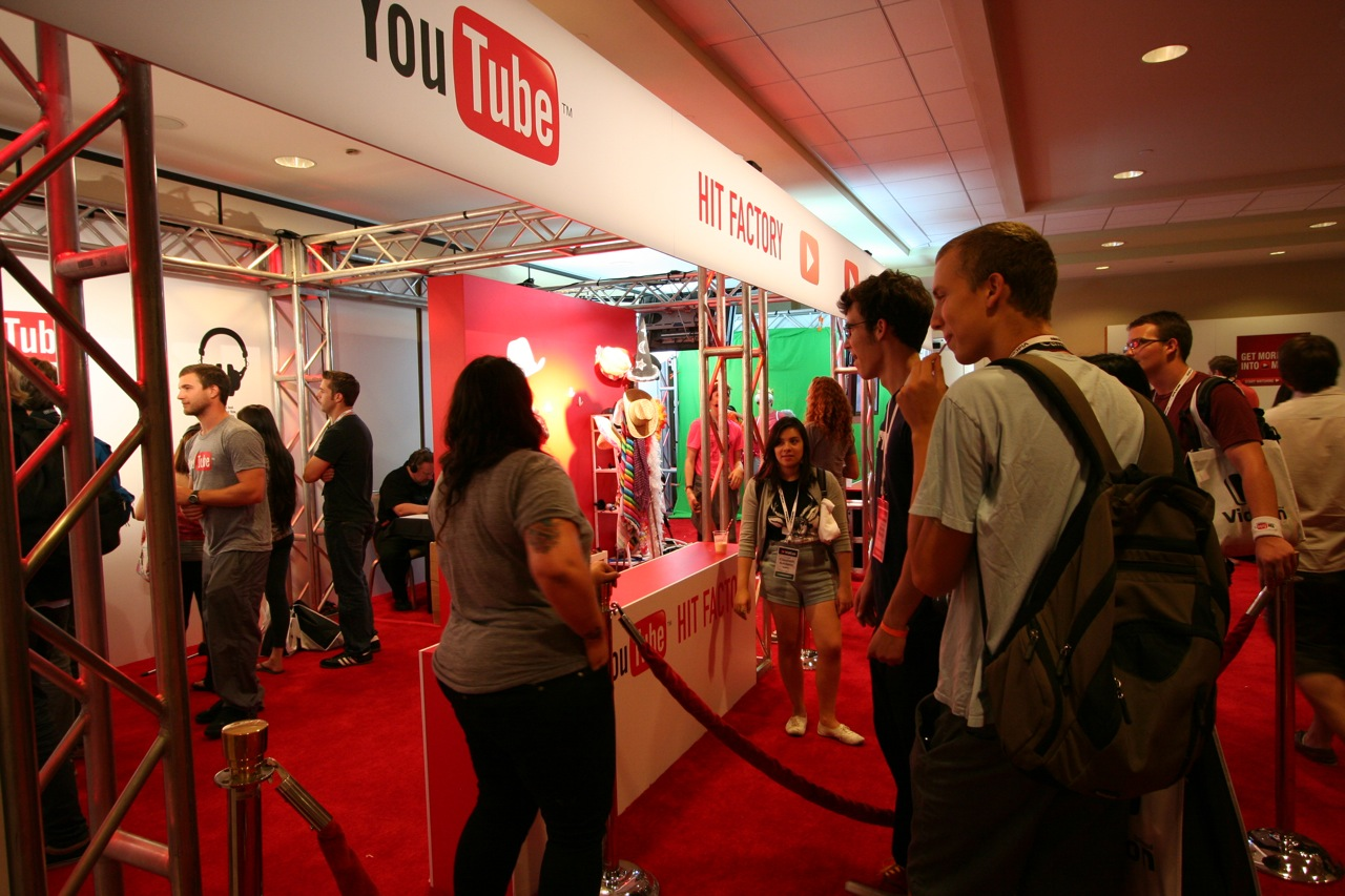 YouTube_VidCon'11_PLAY Room - 082.jpg