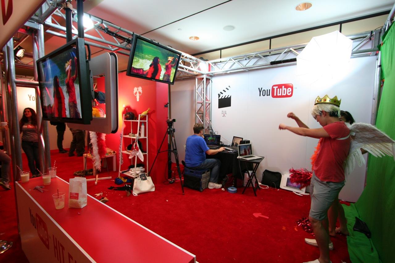 YouTube_VidCon'11_PLAY Room - 085.jpg