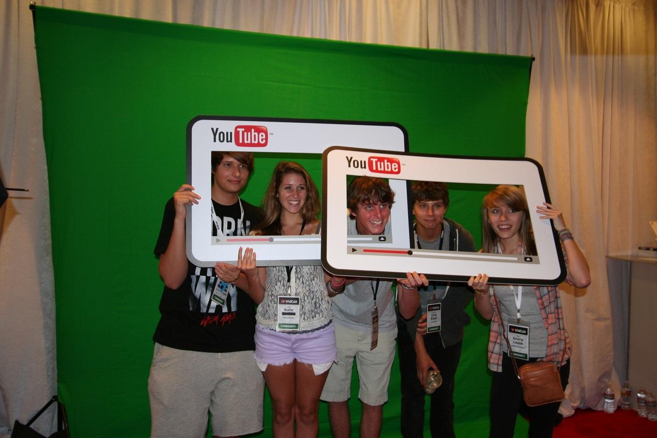 YouTube_VidCon'11_PLAY Room - 086.jpg